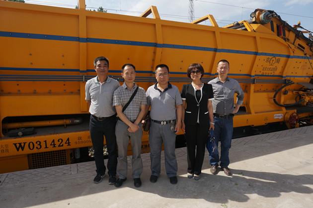 铁路建设总公司考察铁路大机净化消音器